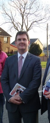 Jeffrey Donaldson canvassing in Lagan Valley
