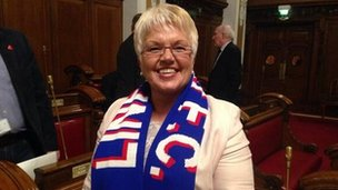 DUP Cllr Ruth Patterson with Linfield scarf