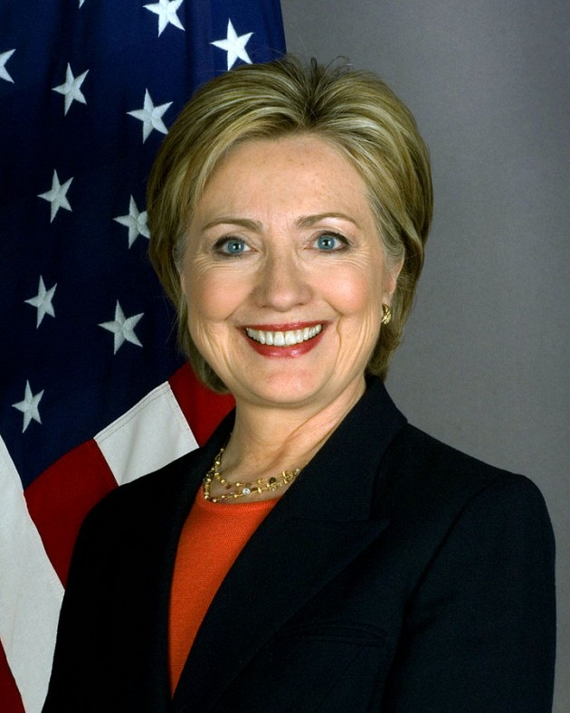 720px-Hillary_Clinton_official_Secretary_of_State_portrait_crop