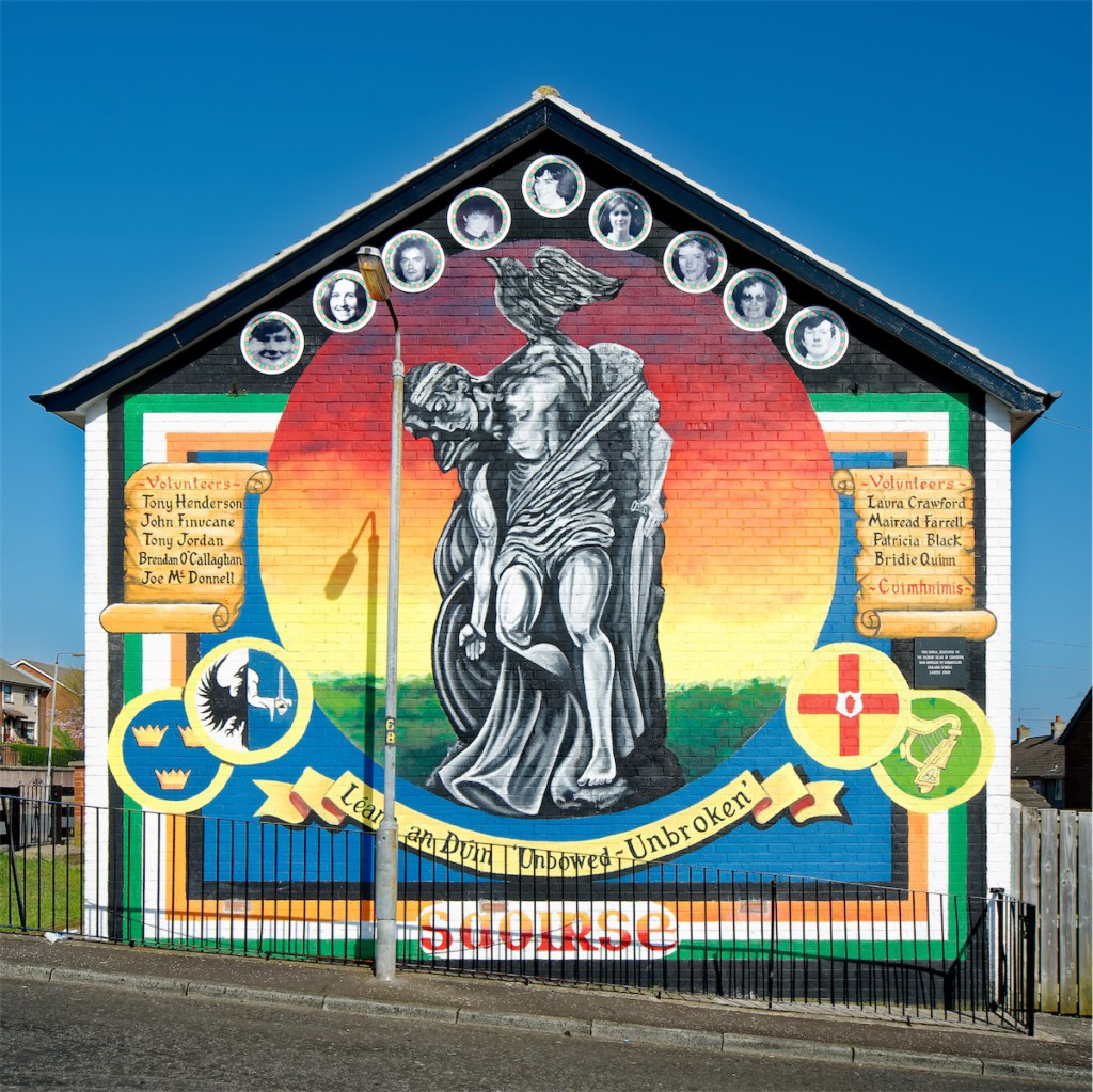 Cúchulainn and nine volunteers of the Provisional IRA. Lenadoon, West Belfast.