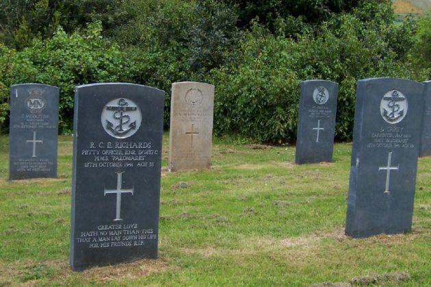War graves in Belfast City Cemetery